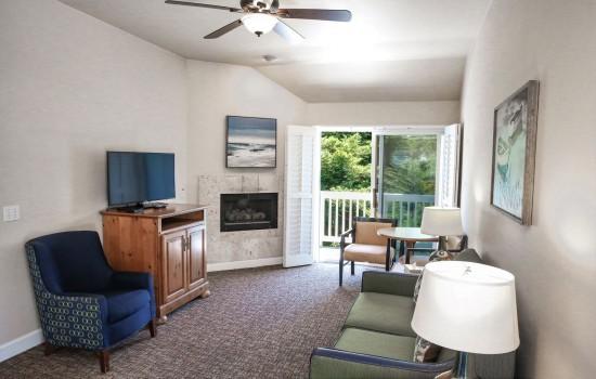1 Bedroom Suite (Living Room Suite A)